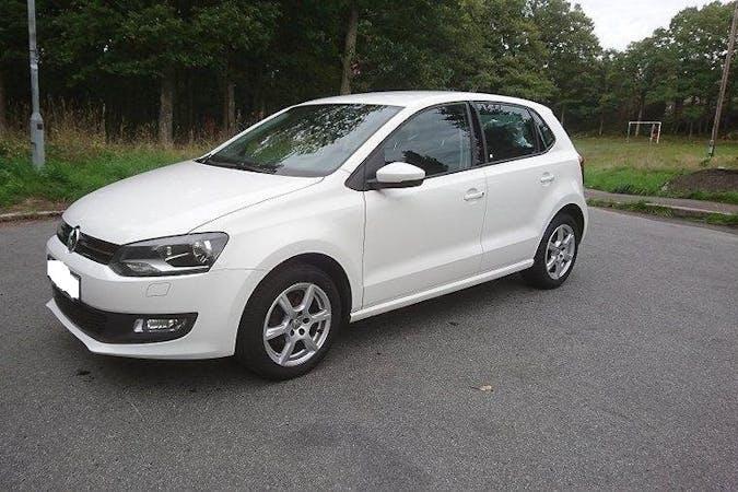 Billig biluthyrning av Volkswagen Polo med Bluetooth i närheten av 412 65 Krokslätt.