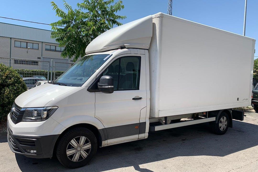 Alquiler barato de Volkswagen Crafter con equipamiento GPS cerca de 28807 Alcalá de Henares.