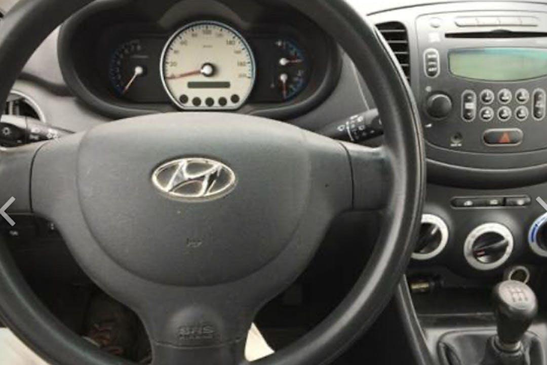 Billig billeje af Hyundai i10 nær 2720 København.