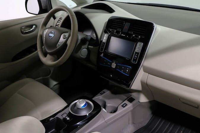 Nissan LEAFn halpa vuokraus GPSn kanssa lähellä 02710 Espoo.