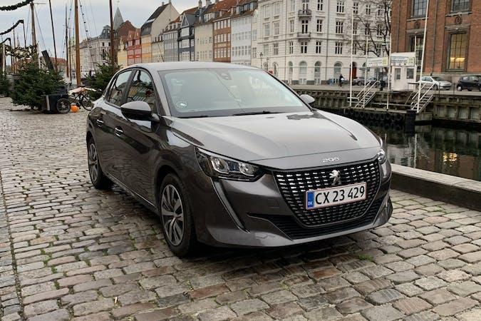 Billig billeje af Peugeot 208 nær  København.