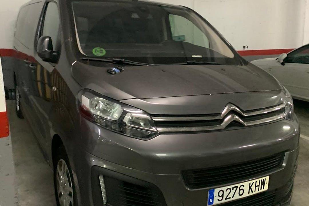 Alquiler barato de Citroën Spacetourer cerca de 28260 Galapagar.