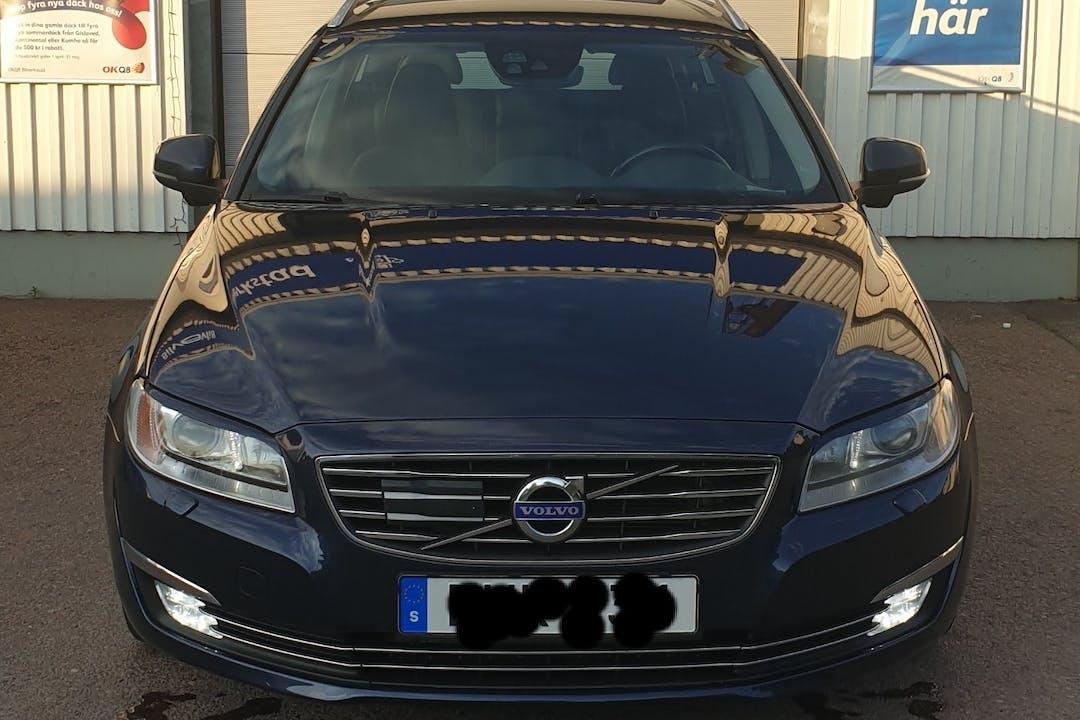 Billig biluthyrning av Volvo V70 med Isofix i närheten av 654 66 Rud.