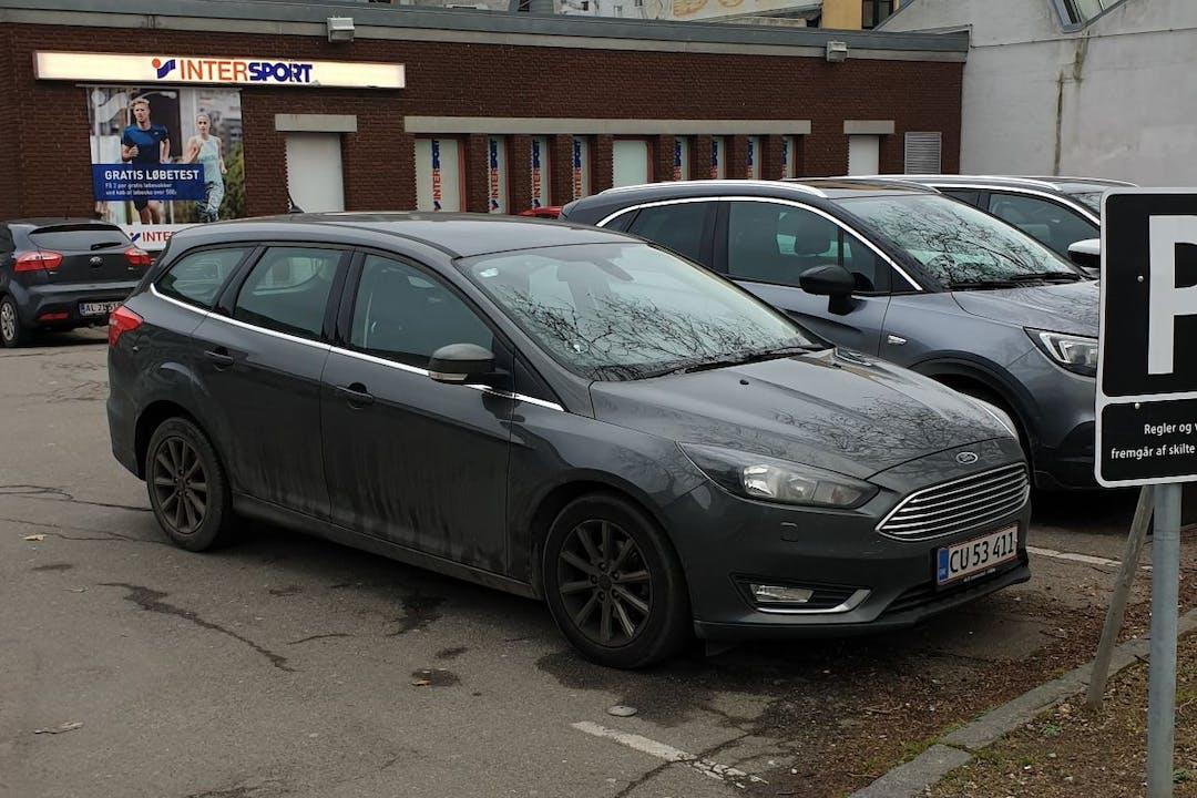 Billig billeje af Ford Focus nær 5000 Odense.