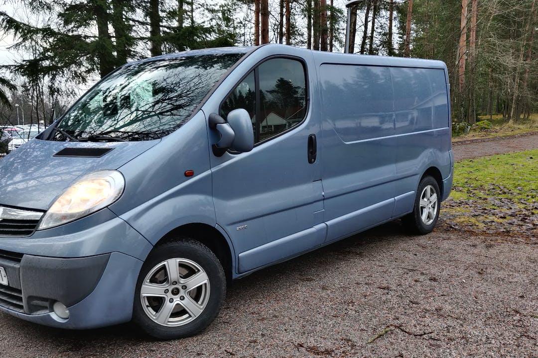 Opel VIVAROn halpa vuokraus GPSn kanssa lähellä 01360 Vantaa.