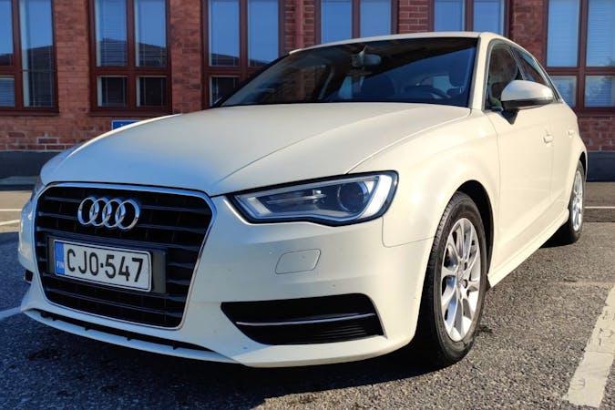 Audi A3 Sportbackn halpa vuokraus Isofix-kiinnikkeetn kanssa lähellä 00510 Helsinki.