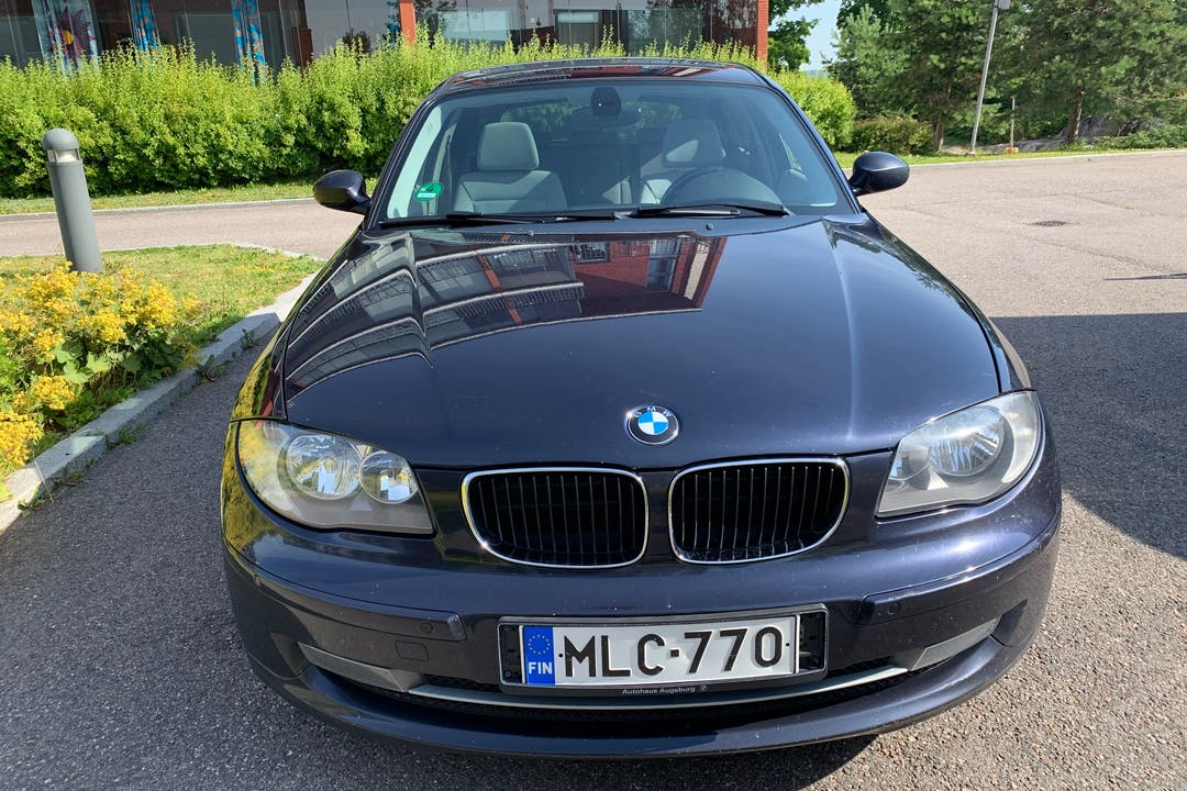 BMW 1 Seriesn halpa vuokraus Isofix-kiinnikkeetn kanssa lähellä 00580 Helsinki.