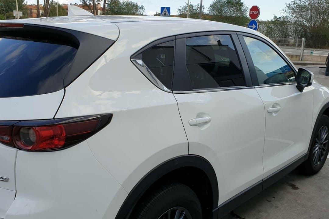 Alquiler barato de Mazda Cx-5 cerca de  Barcelona.