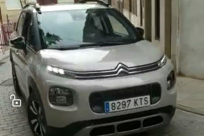 Alquiler barato de Citroën C3 Aircross cerca de 46900 Torrent.