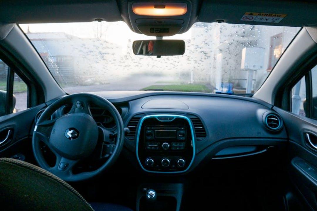 Renault Capturn halpa vuokraus Isofix-kiinnikkeetn kanssa lähellä 00780 Helsinki.