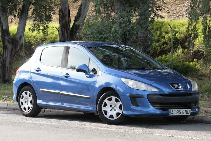 Alquiler barato de Peugeot 308 cerca de 41018 Sevilla.