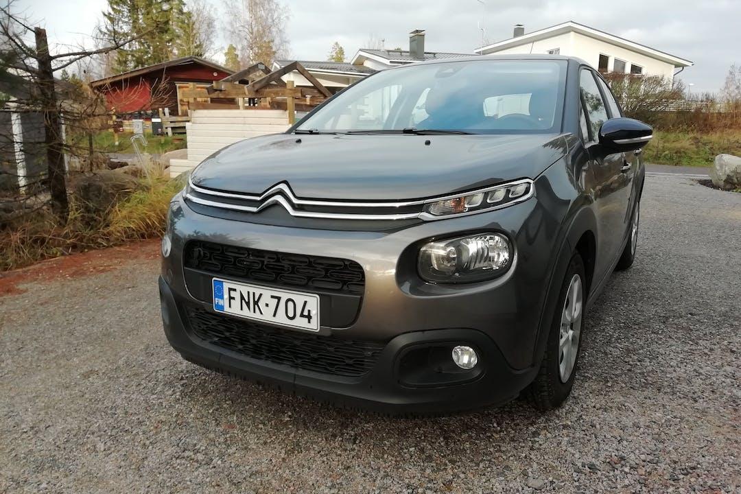 Citroën C3n halpa vuokraus Isofix-kiinnikkeetn kanssa lähellä 02920 Espoo.