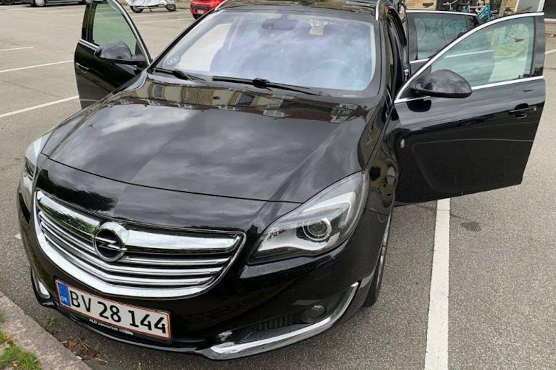 Billig billeje af Opel Insignia med GPS nær 2100 København.