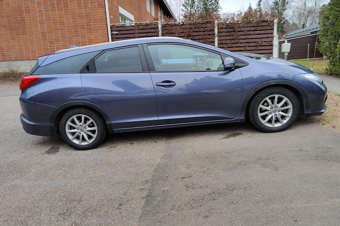 Honda Civicn halpa vuokraus Isofix-kiinnikkeetn kanssa lähellä 04200 Kerava.