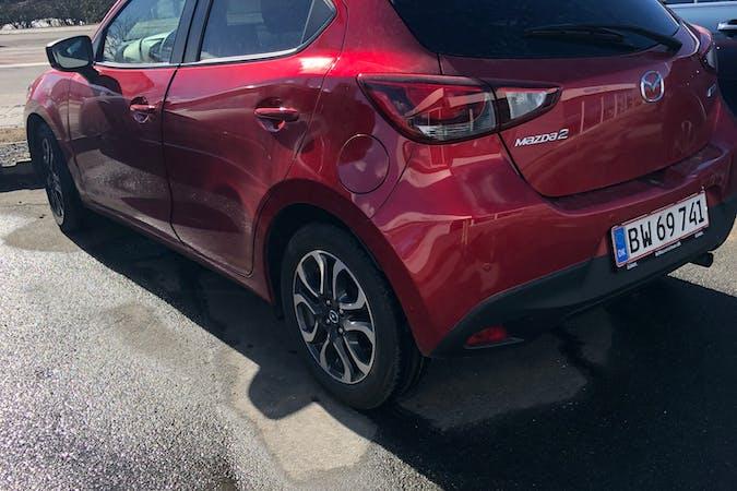Billig billeje af Mazda 2 nær 3700 Rønne.