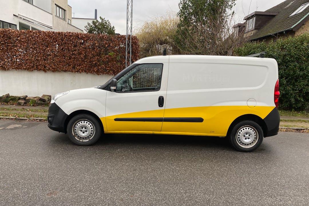 Billig billeje af Opel Combo nær 2000 Frederiksberg.