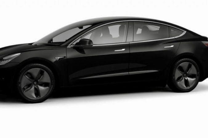 Billig billeje af Tesla Model 3 med GPS nær 2650 Hvidovre.