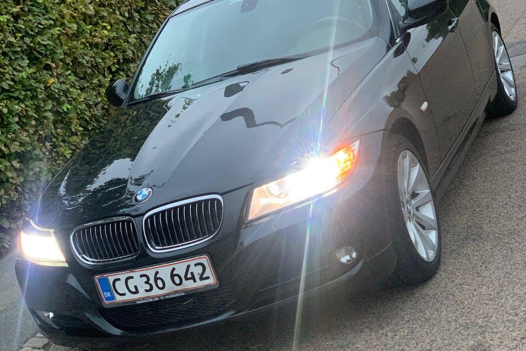 Billig billeje af BMW 3 Series nær 2700 København.