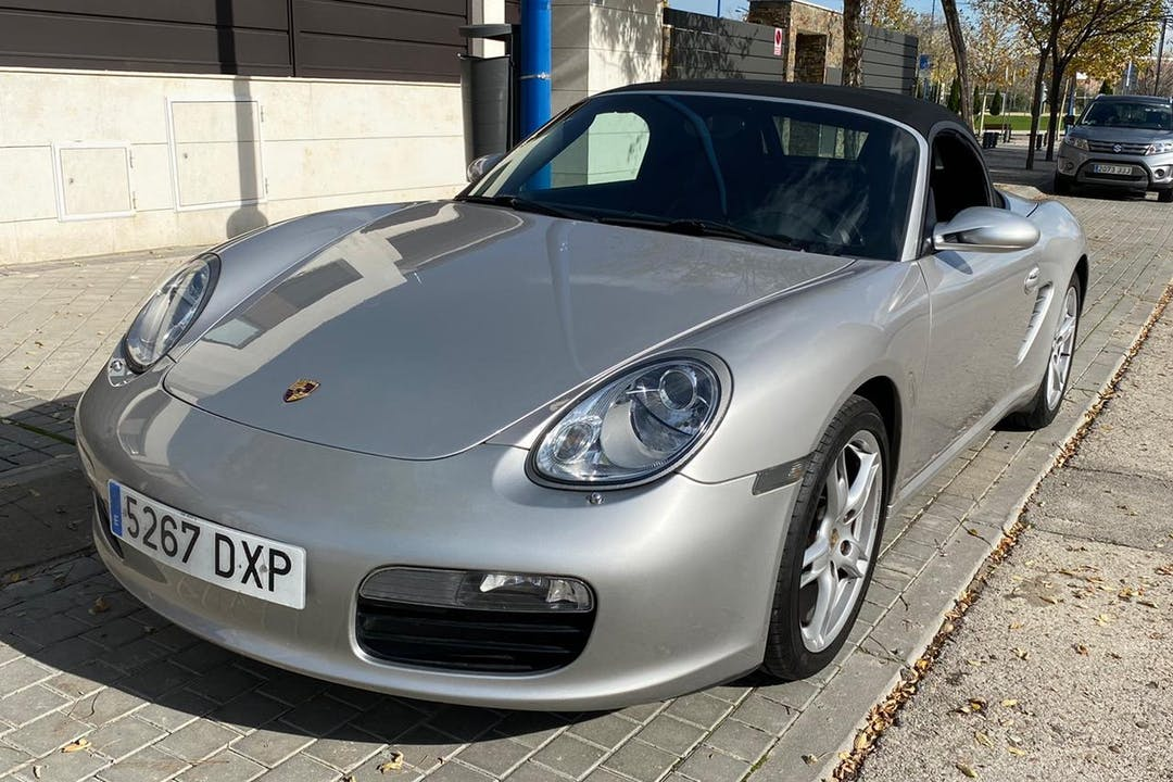 Alquiler barato de Porsche Boxster cerca de 28914 Leganés.