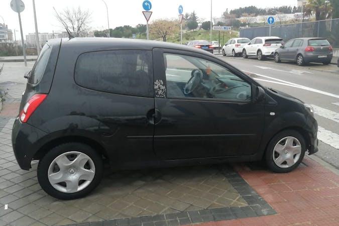 Alquiler barato de Renault Twingo cerca de 28017 Madrid.