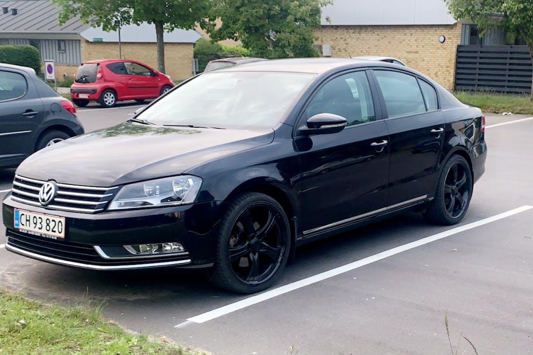 Billig billeje af Volkswagen Passat med GPS nær 6000 Kolding.