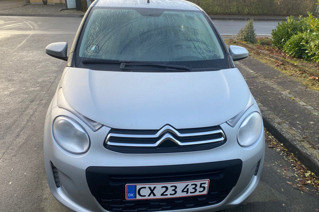Billig billeje af Citroën C1 med Isofix beslag nær 2100 København.