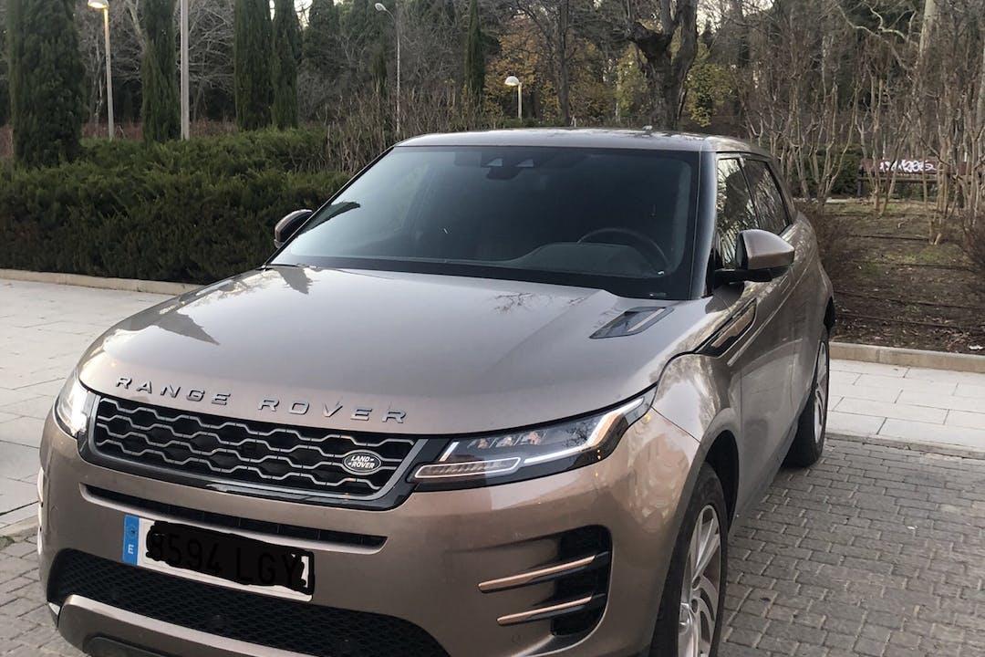 Alquiler barato de Land Rover Range Rover Evoque con equipamiento GPS cerca de 28042 Madrid.