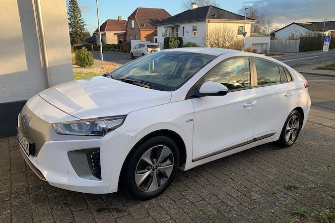 Billig billeje af Hyundai Ioniq med GPS nær 6000 Kolding.