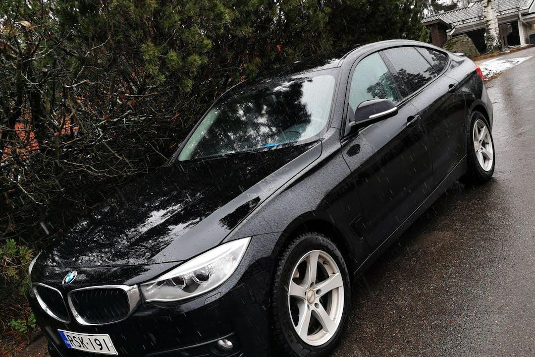 BMW 3 Seriesn halpa vuokraus GPSn kanssa lähellä 01620 Vantaa.