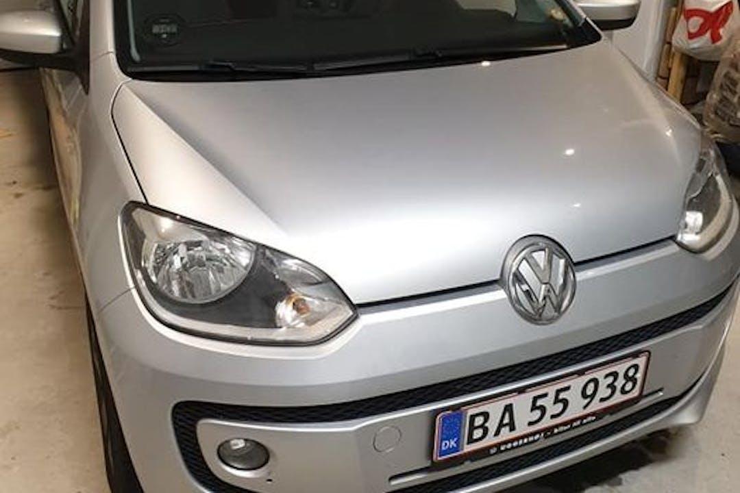 Billig billeje af Volkswagen UP! med GPS nær 9900 Frederikshavn.