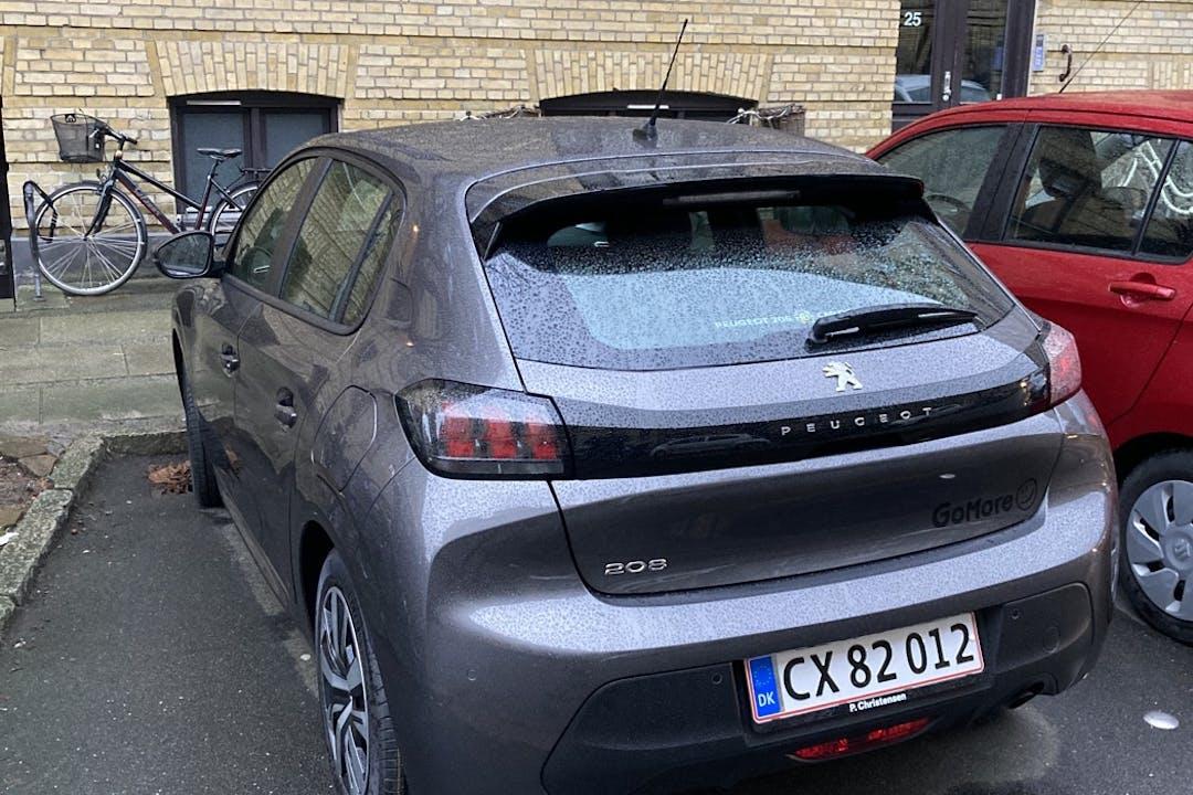 Billig billeje af Peugeot 208 nær 2000 Frederiksberg.