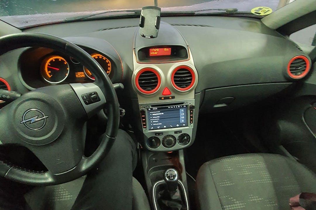 Alquiler barato de Opel Corsa 1.3 Cdti 95 111-Years cerca de 08028 Barcelona.