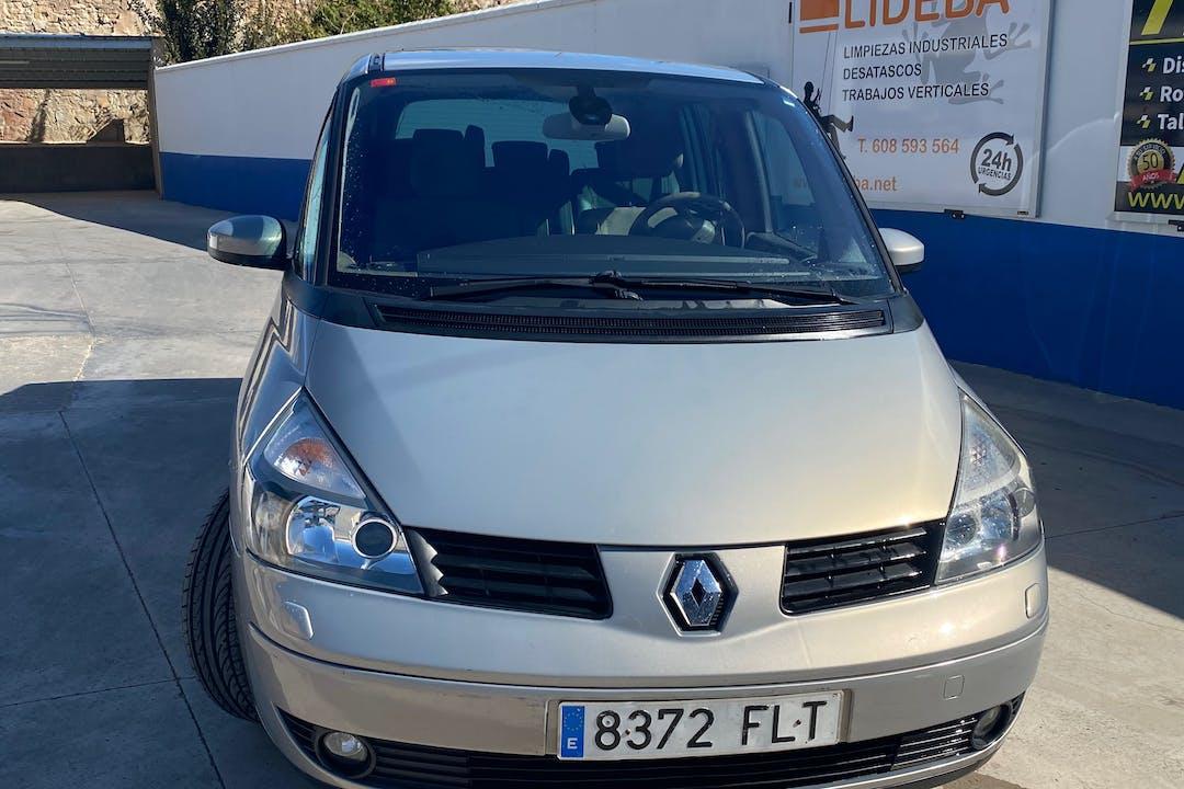 Alquiler barato de Renault Grand Espace con equipamiento GPS cerca de 44600 Alcañiz.