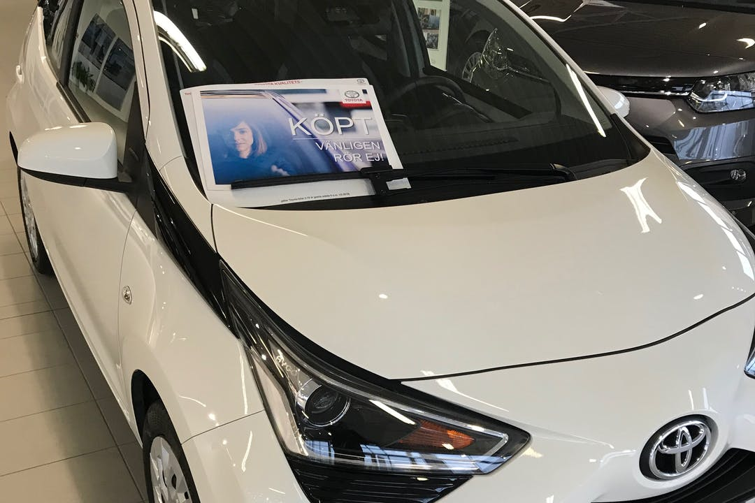 Billig biluthyrning av Toyota AYGO med Isofix i närheten av 254 39 .