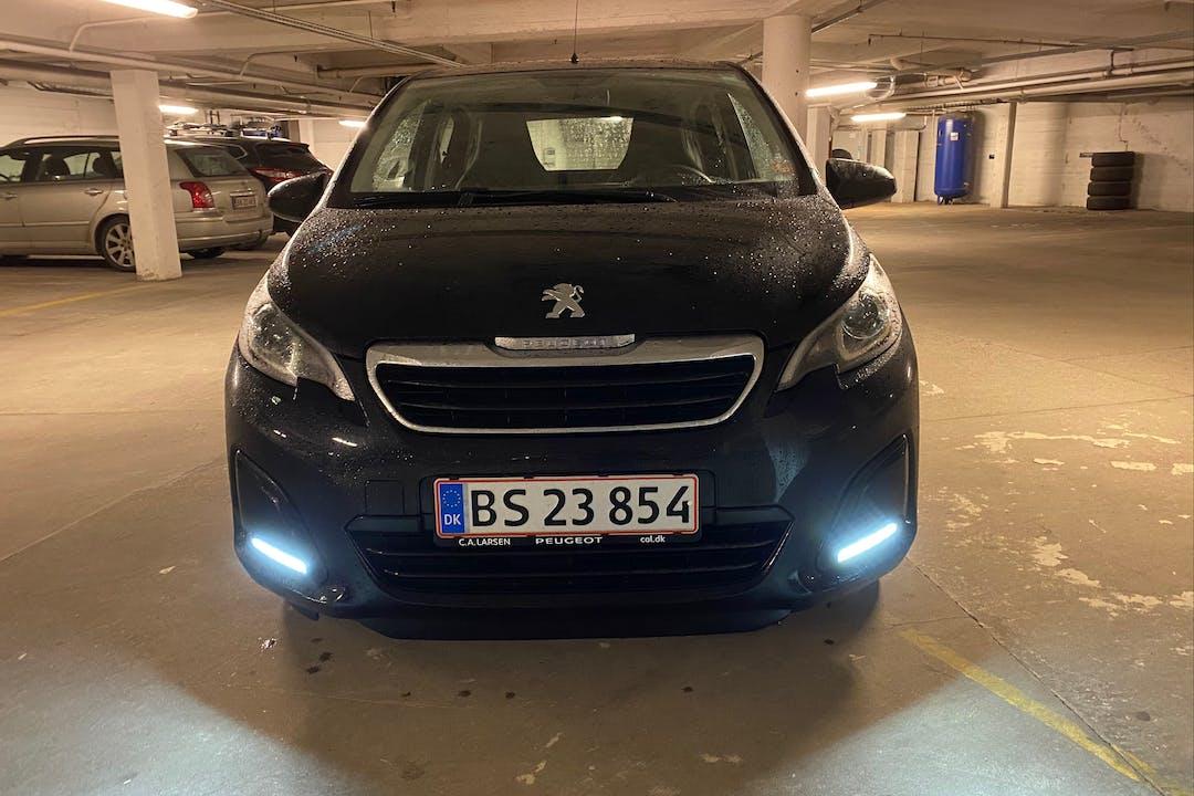 Billig billeje af Peugeot 108 nær 2300 København.
