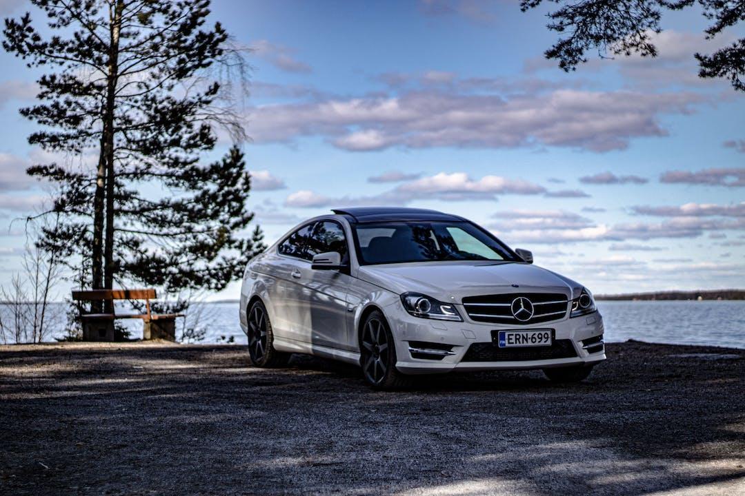 Mercedes C-Classn lalpa vuokraus lähellä  Vantaa.