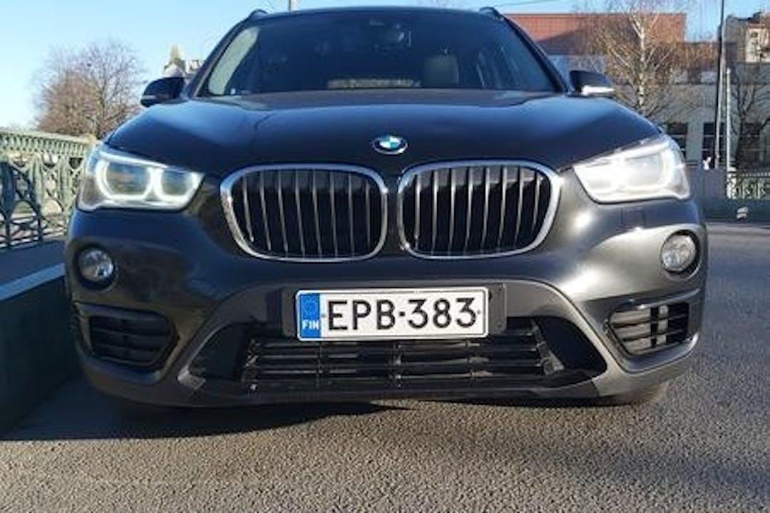 BMW X1n halpa vuokraus GPSn kanssa lähellä 20780 Kaarina.