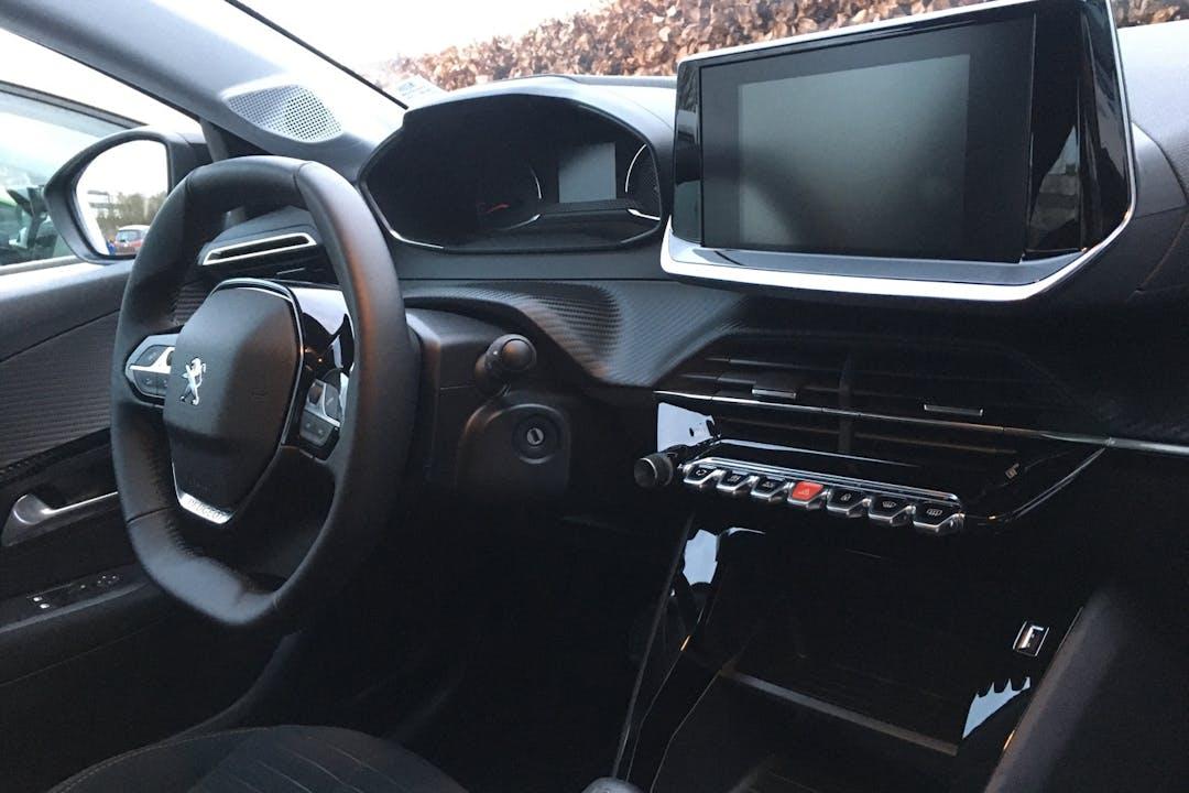 Billig billeje af Peugeot 208 med Isofix beslag nær 8200 Aarhus.