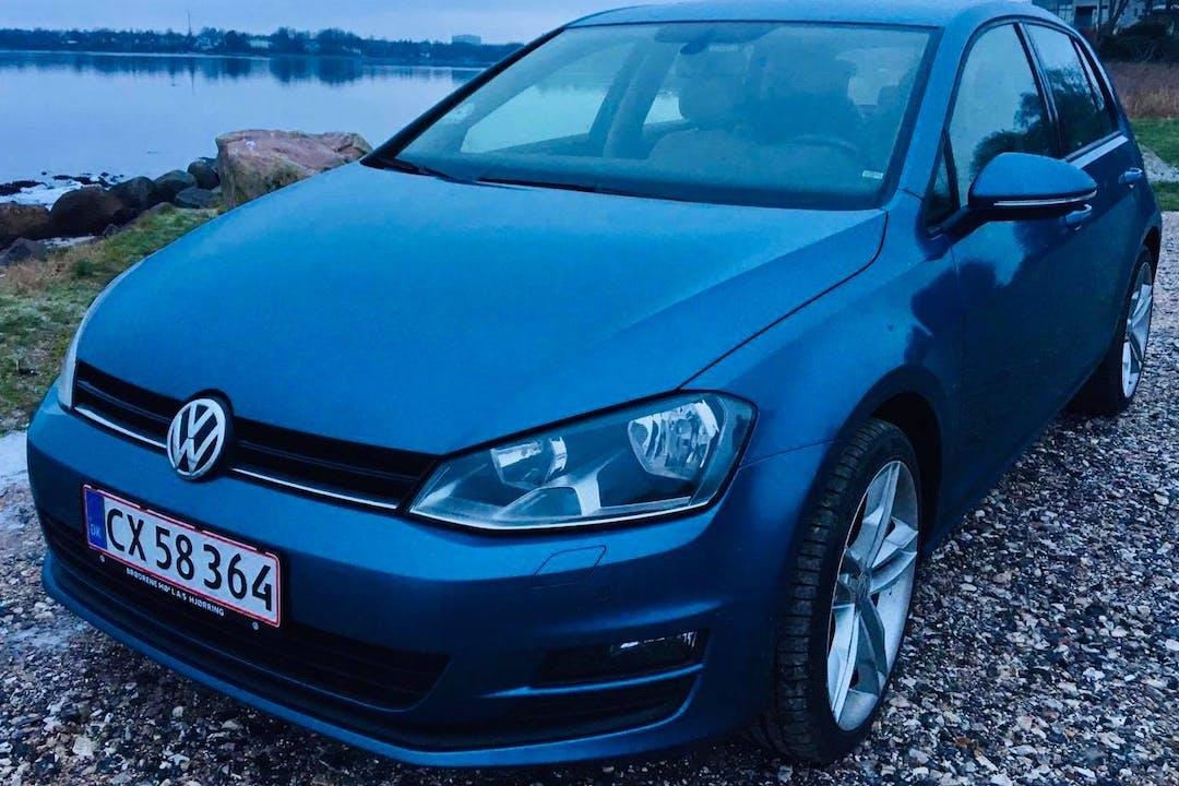 Billig billeje af Volkswagen Golf med GPS nær 8700 Horsens.