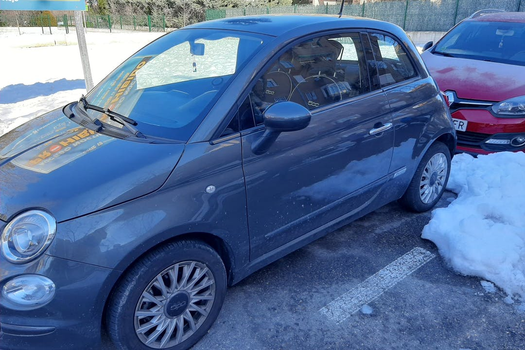 Alquiler barato de Fiat 500 cerca de 28770 Colmenar Viejo.