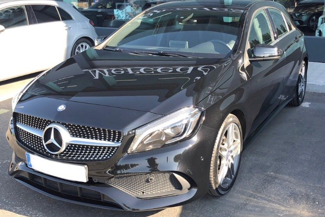 Alquiler barato de Mercedes A-Class con equipamiento GPS cerca de 28037 Madrid.