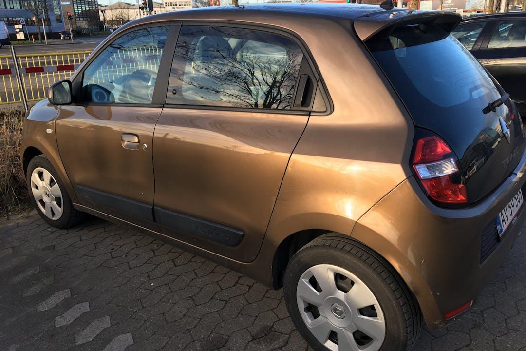 Billig billeje af Renault Twingo med Bluetooth nær 2450 København.