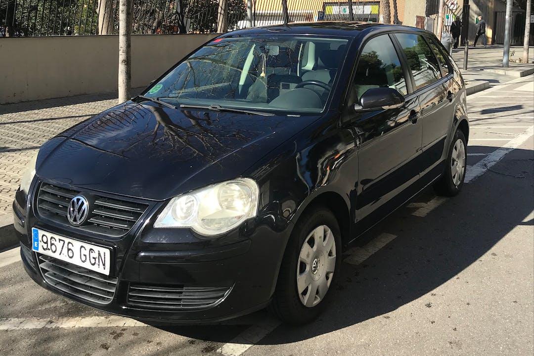 Alquiler barato de Volkswagen Polo cerca de  Barcelona.
