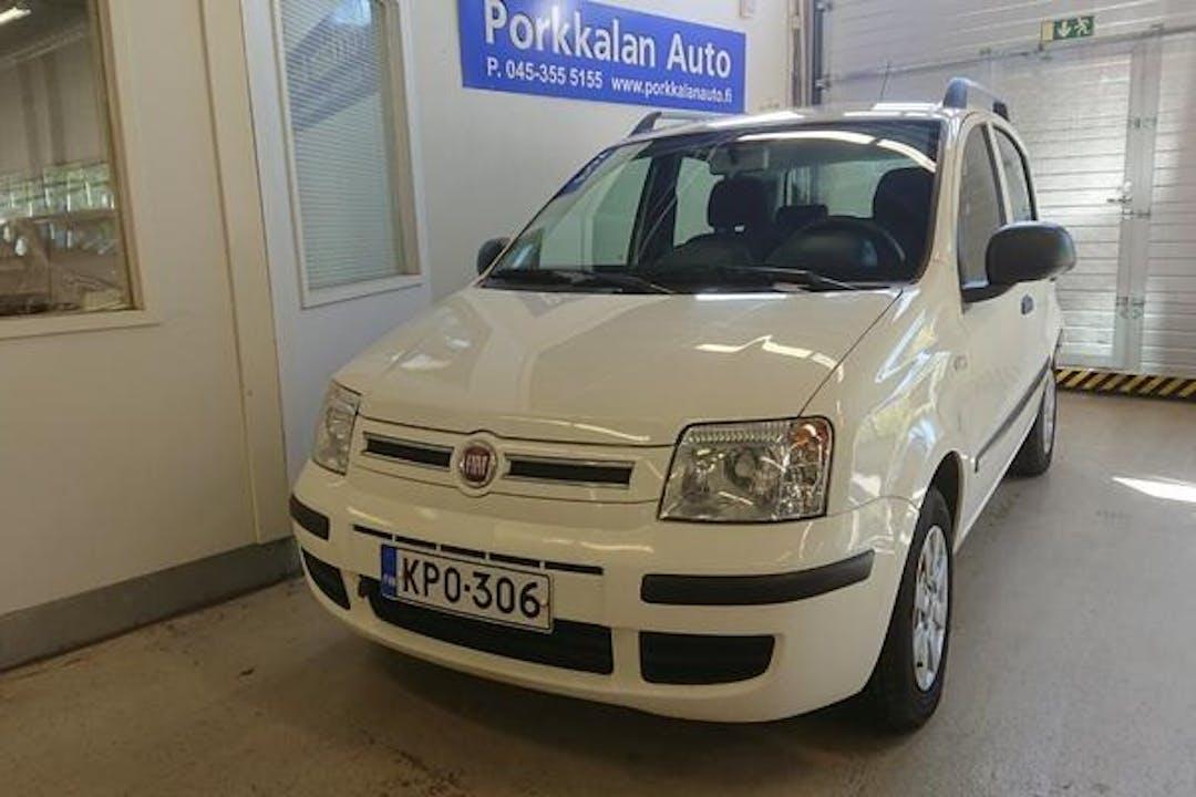 Fiat Pandan halpa vuokraus Isofix-kiinnikkeetn kanssa lähellä 00200 Helsinki.