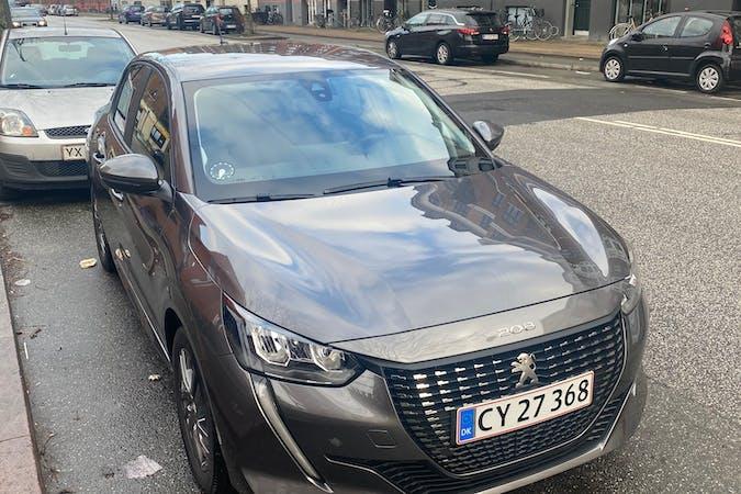 Billig billeje af Peugeot 208 med Isofix beslag nær 2200 København.
