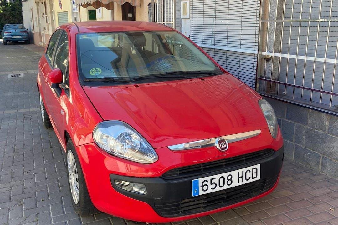 Alquiler barato de Fiat Punto cerca de 30010 Murcia.