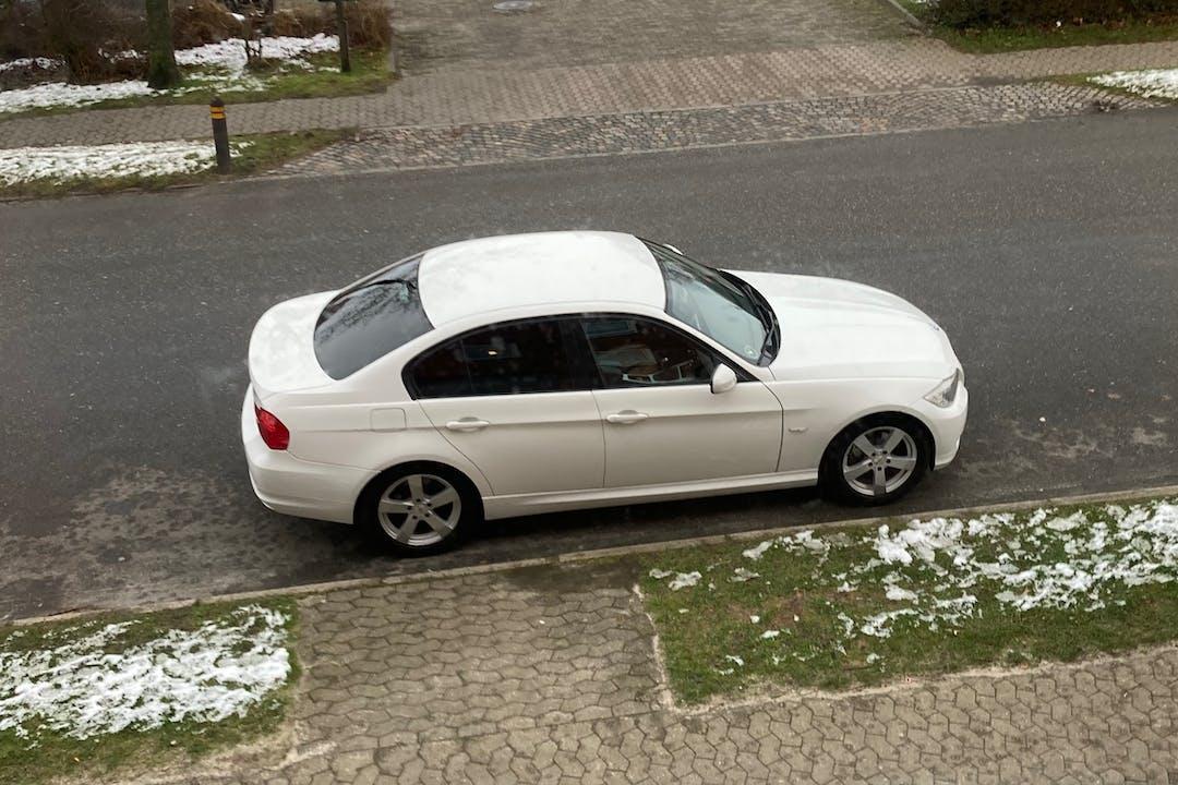 Billig billeje af BMW 3 Series nær 6700 Esbjerg.