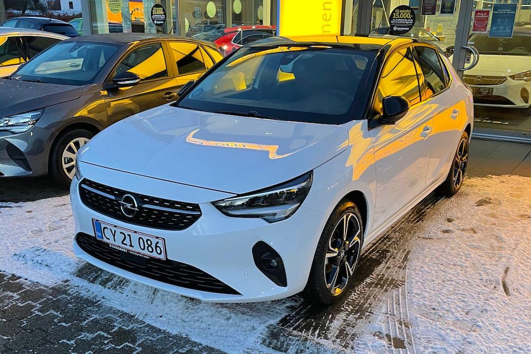 Billig billeje af Opel Corsa med GPS nær 9000 Aalborg.