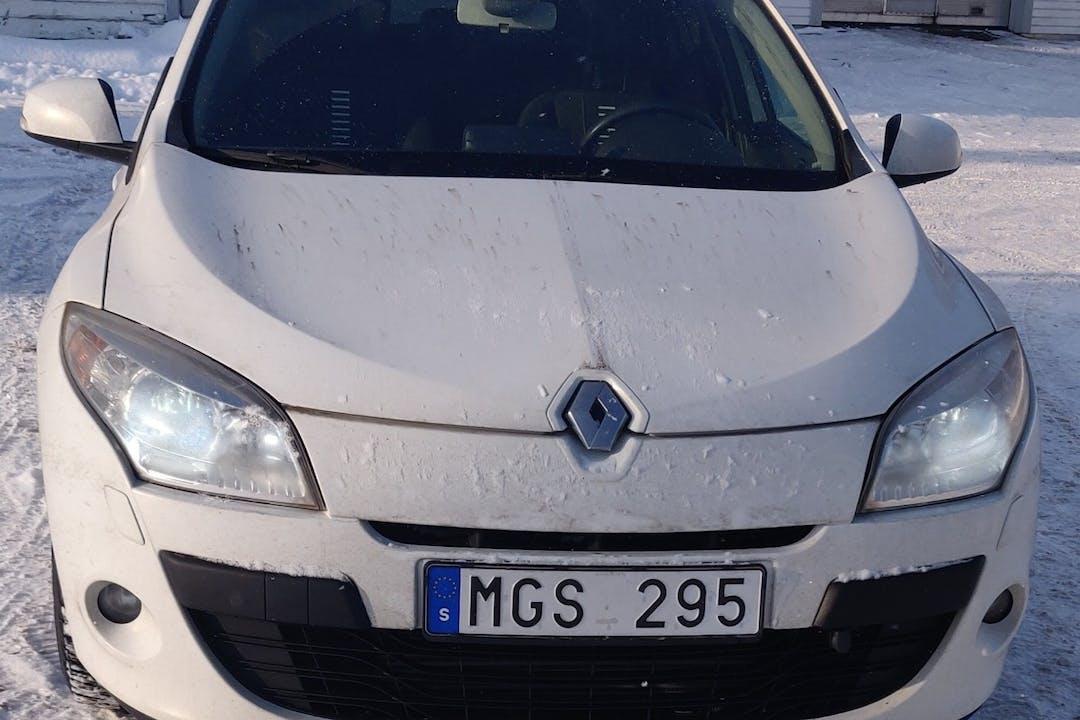 Billig biluthyrning av Renault Megane i närheten av 754 39 .