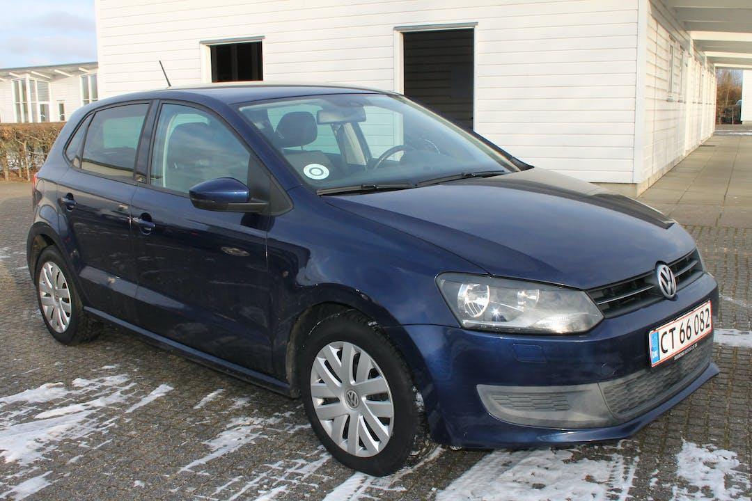Billig billeje af Volkswagen Polo med GPS nær 7400 Herning.